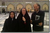 Mausolée de l'Imam Reza avec Tayyebe et Saeed, tchador obligatoire